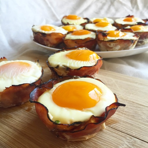 Ham and Spinach Egg Cups | www.thealiconklin.com