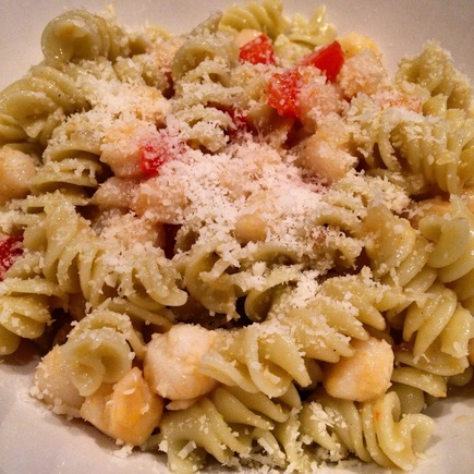 Scallop Fusilli in and Egg Yolk Sauce | www.thealiconklin.com