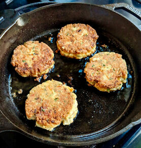 Carrot Salmon Cakes | www.thealiconklin.com